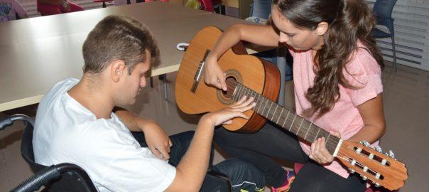 Música como terapia para personas con parálisis cerebral