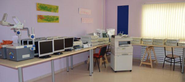 La Universidad de Jaén hace entrega a Aspace Jaén de equipos informáticos