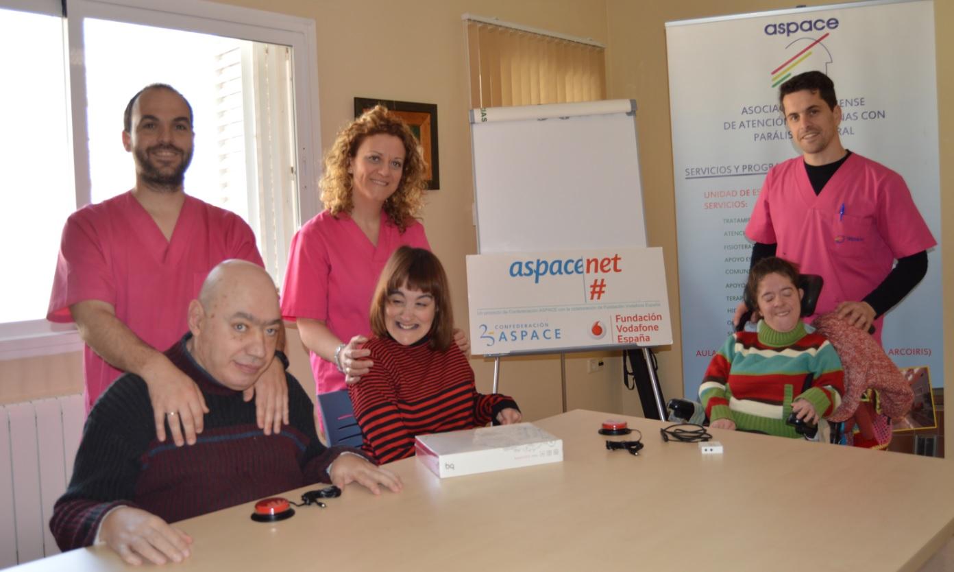 Conectados por la accesibilidad gracias a la Fundación Vodafone y Vodafone España