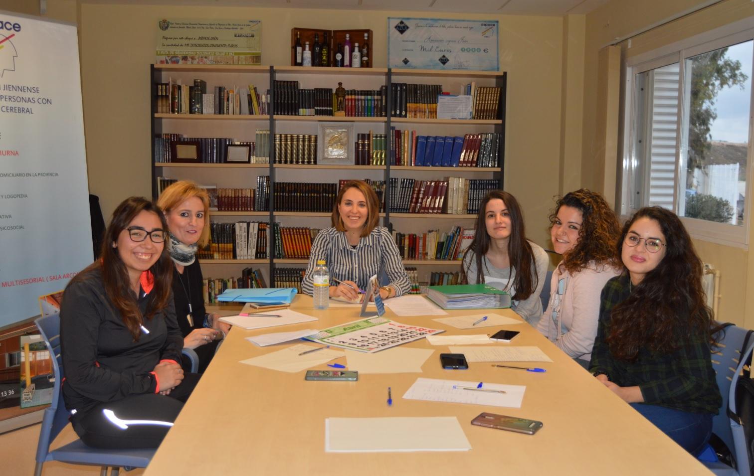 Iniciación del taller de la Escuela de Ocio de Aspace Jaén