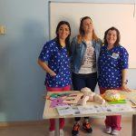 Alumnas de Educación Infantil entregan materiales adaptado a Aspace Jaén