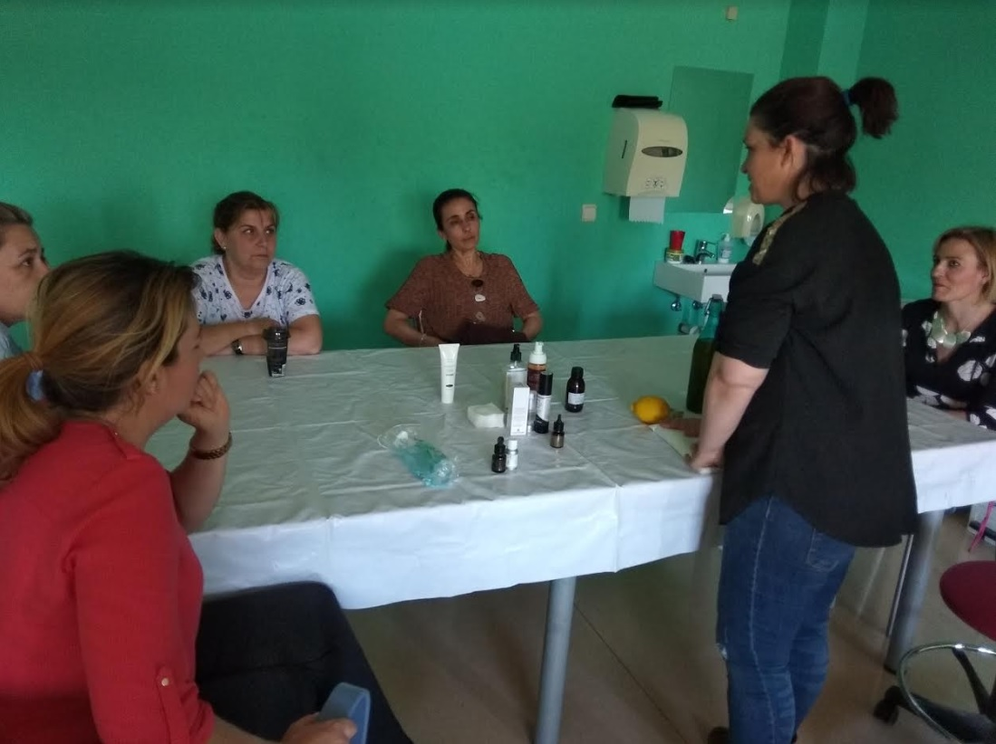 Se celebra en Aspace un taller de cosmética natural