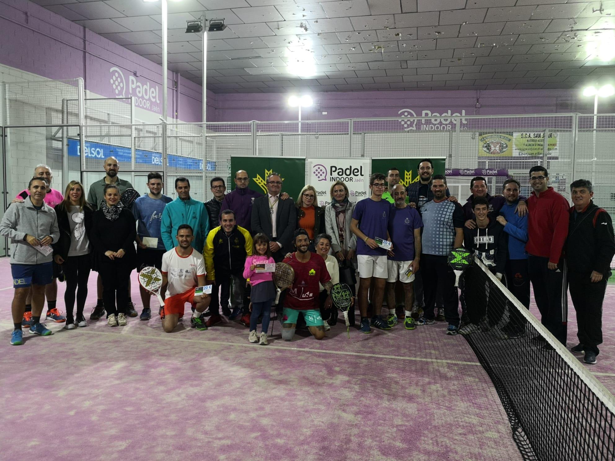 Éxito de participación en el  II Torneo Benéfico de pádel Piedad y Estrella