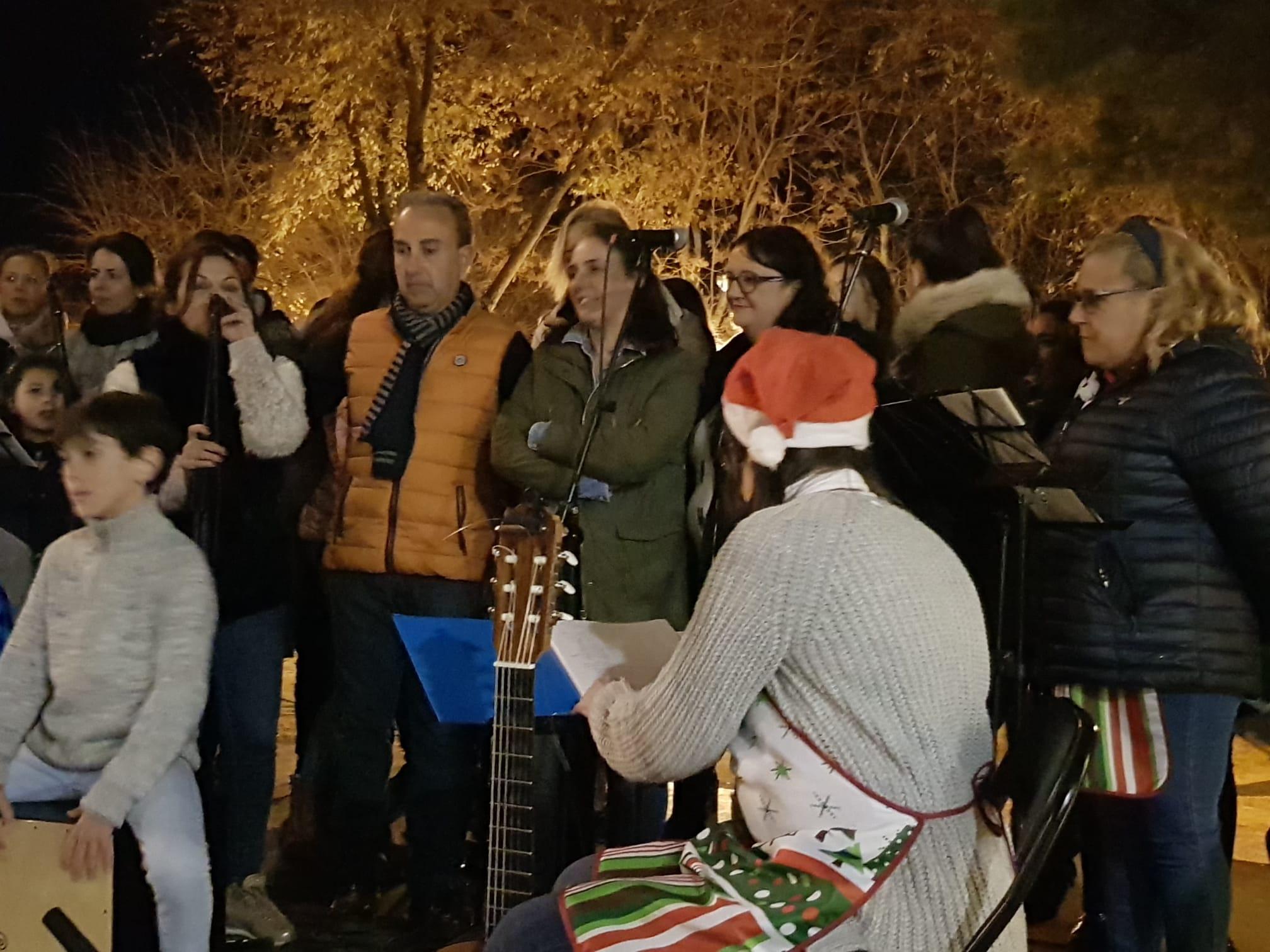 Torredonjimeno se vuelca con la Merienda Solidaria a beneficio de Aspace Jaén